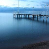 Озеро на рассвете :: Roman Arnold