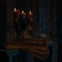 Мои миры цвета меняют- от цвета тёмной бирюзы до света янтаря сверкают :: Ирина Данилова