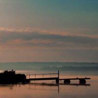 восход солнца над озером :: Наталья Крюкова