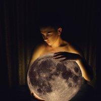 Луна :: Евгений Мищенко