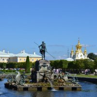 фонтан Нептун :: сергей таня
