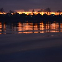 Закат отраженный в воде :: Екатерина