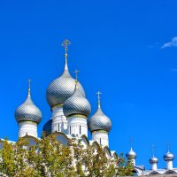 Купола под голубым небом. :: Николай Крюков