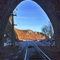 Взгляд из тоннеля :: Анатолий Иргл