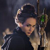 Волшебница :: Ренат Менаждинов