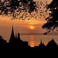Сон до заката солнца. :: Алексей Зотов