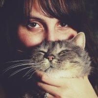 Портрет с котом :: Владимир Павленко