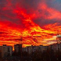 Красочное небо :: Юрий Бутусов