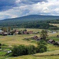 пос.Староуткинск, река Дарья, гора Сабик. :: Пётр Сесекин