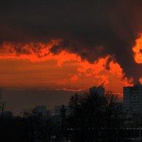 Закат над городом :: Евгения Ки