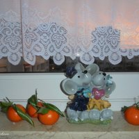 Мыши и мандарины :: Nina Yudicheva