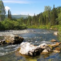Вечные камни реки :: Сергей Чиняев