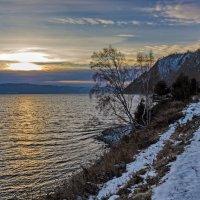 Вечер на берегу Байкала :: Анатолий Иргл