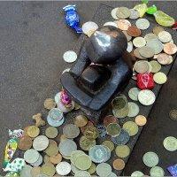 Скульптура Железный мальчик :: Вера