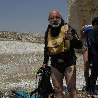 А вас интересует подводный Кипр? :: Одиноков Юрий