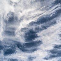 Взгляд с небес и на небеса. :: Valery Penkin