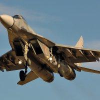 28 октября 2014 года. Посадка МиГ-29. Аэродром Барановичи (UMMA) :: Сергей Коньков