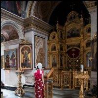 В храме :: Алексей Патлах
