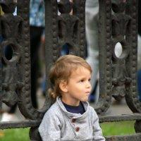 на бульваре я сижу и на публику гляжу :: Олег Лукьянов