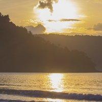 Восход солнца на о. Ко Куд...Таиланд... :: Наталья