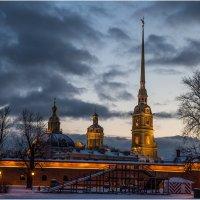 Морозный вечер у Петропавловской крепости :: Борис Борисенко