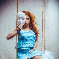 Девушка с маской :: Юра Викулин