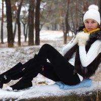 Зимняя прогулка 3 :: Мария