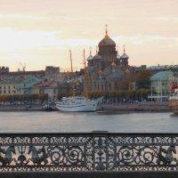 Вечерний вид. Санкт - Петербург. :: Alexey YakovLev