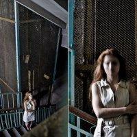 Привидение у лифта.... :: Вероника Ходаренок