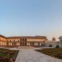 Индия.Красный форт.(резиденции Падишаха). :: юрий макаров