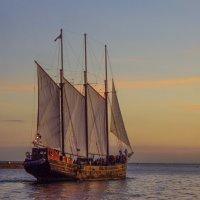 В дальнем синем море... (мои старые фотографии) :: Юрий Поляков