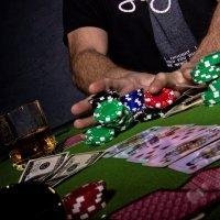 Игрок в покер :: Алина Ясмина (J.D.-Ray)