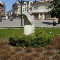 Каменная  скульптура  в  Ивано - Франковске :: Андрей  Васильевич Коляскин