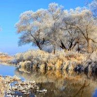 Река встречала первые морозы... :: Лесо-Вед (Баранов)