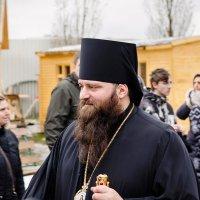 pontiff :: Pasha Zhidkov
