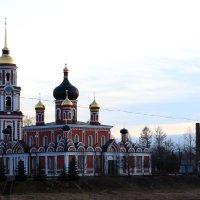 церковь :: Анатолий Бушуев