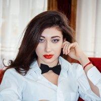 ***** :: Natasha Kramar