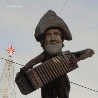 Музыкант на крыше :: Nina Yudicheva