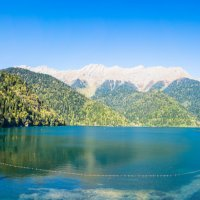 Озеро Рица :: Валерий Смирнов