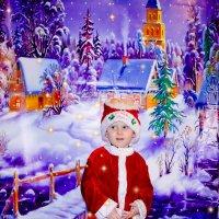 Мой папа боится Деда Мороза. Когда приходит Дед Мороз я не могу найти папу. :: Наталья Александрова