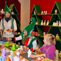 В мастерской Деда мороза! :: Ростислав