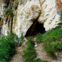 Вход в пещеру :: Ольга Чистякова