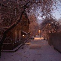 В старом районе города :: Никола Н