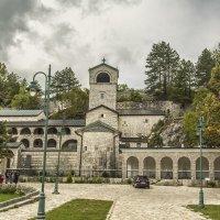 Мужской монастырь :: Gennadiy Karasev
