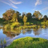 Летом у реки :: Константин