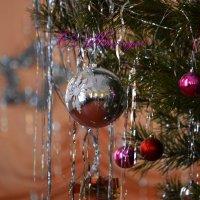 С Новым годом! :: Валерий Лазарев