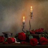 Этюд с красными розами :: Юлия Эйснер