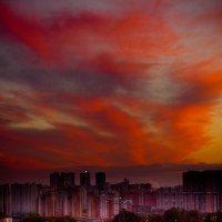 Закат в городе :: Max Gorbachev