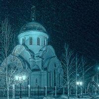 Сегодня будет Рождество, весь город в ожиданьи тайны.... М. Лермонтов. :: Elena Izotova