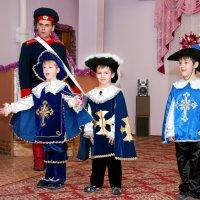 Добрые моменты Нового года:)   В главной роли Атос. :: Дарья Казбанова
